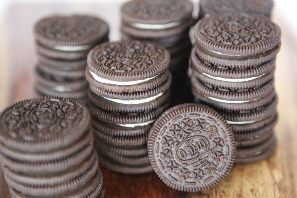 Start with 32 Oreo cookies. Crush them to make 3 cups of crumbs.