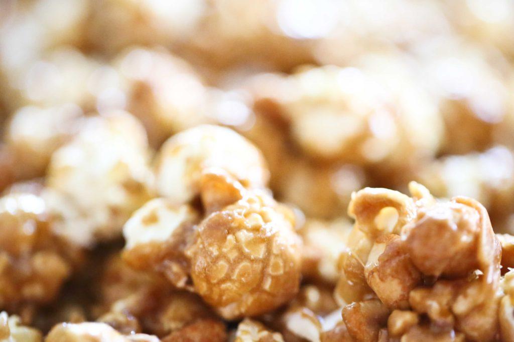 Crispy Caramel Popcorn