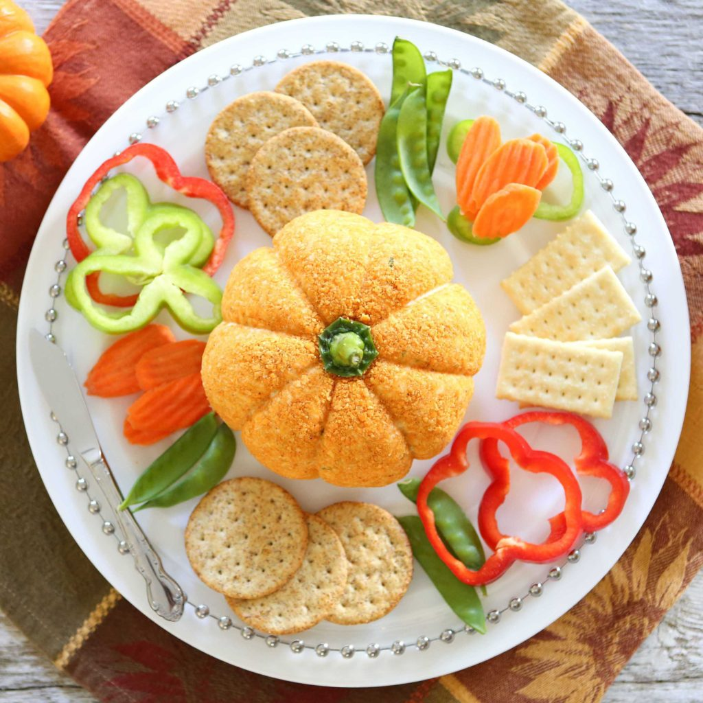 Serve with crackers and veggies.
