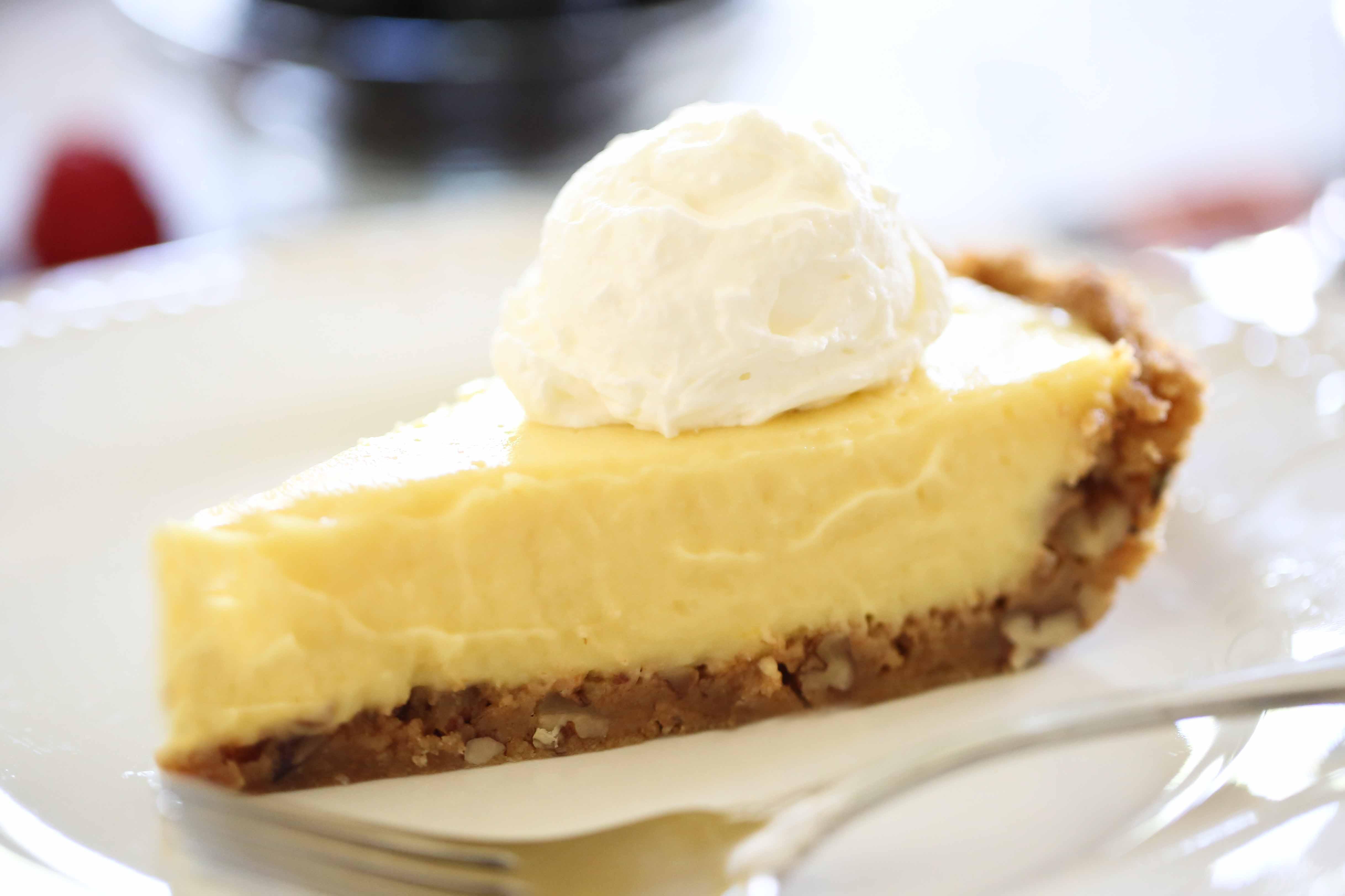 Homemade Berry Cream Pie