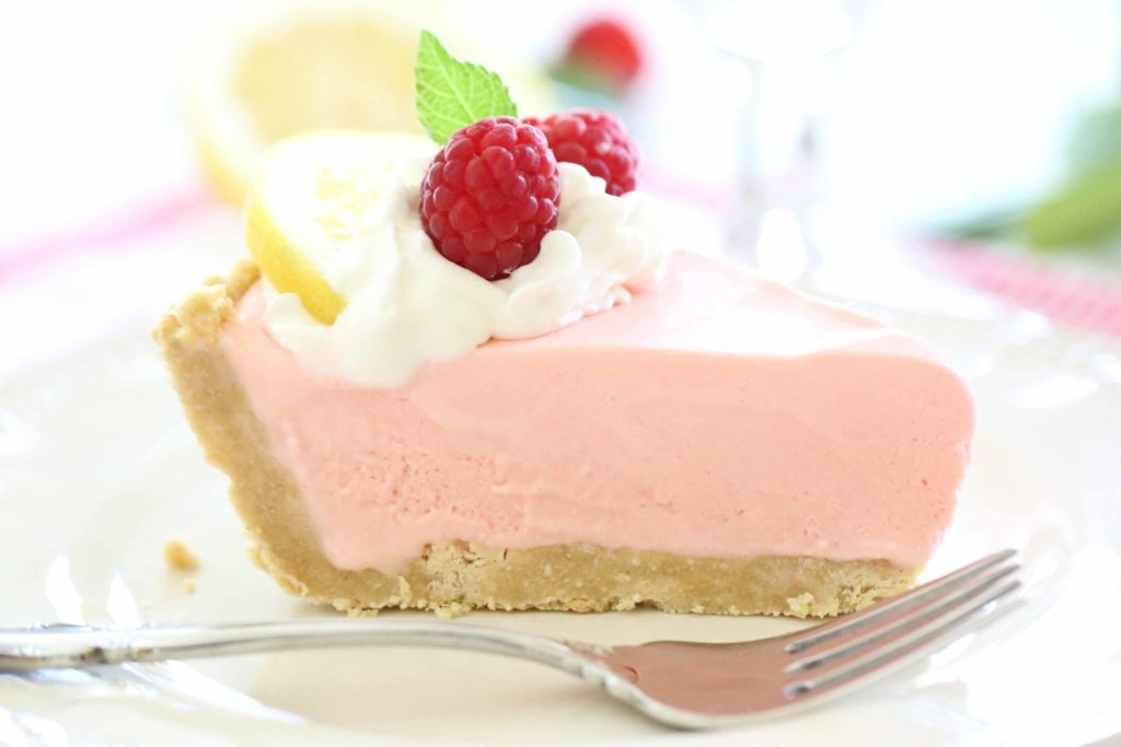 Raspberry Lemonade Ice Cream Pie