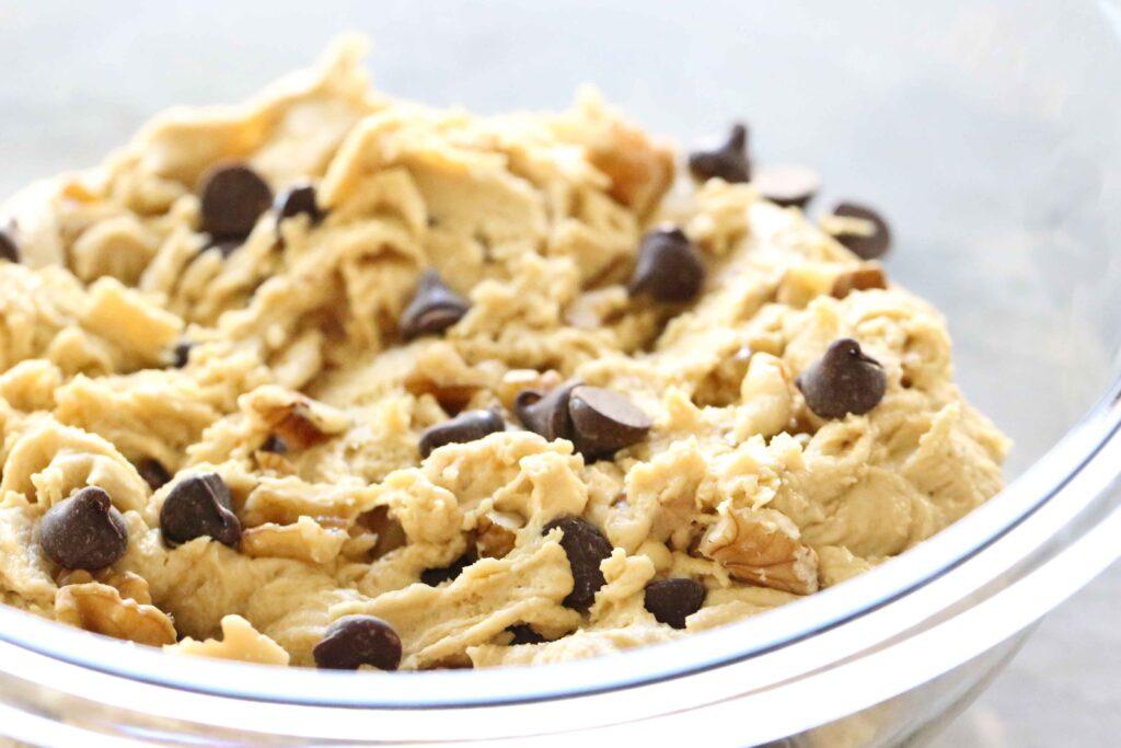 Salted Caramel Chocolate Chip Cookies dough